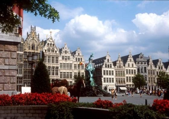 Lindner Hotel en City Lounge Antwerpen | Amai Antwerpen 2-daags