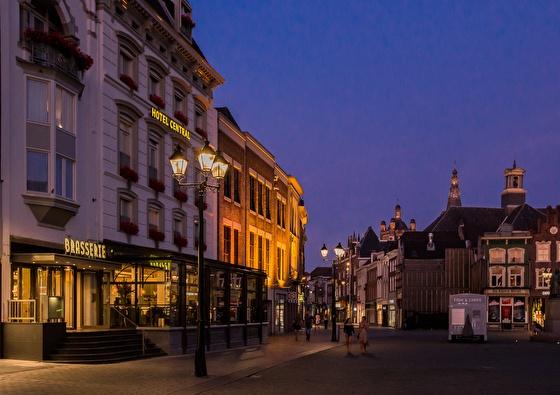 Golden Tulip Hotel Central | Proef de Brabantse gezelligheid