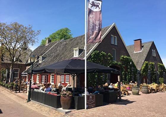 Herberg de Gouden Leeuw | Slapen in het kleinste stadje van Nederland