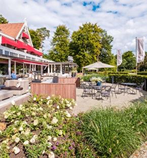 Hotel Dennenheuvel   Wildspeuren en slapen in luxe