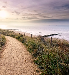 NH Leeuwenhorst | Strandwandelen en shoppen aan zee 3-daags (2021)